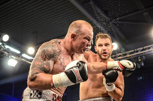この画像は、サイトの記事「ボクシング KO 日本人 ネットや口コミで話題 YouTube注目無料視聴動画ご紹介!」のイメージ写真画像として利用しています。