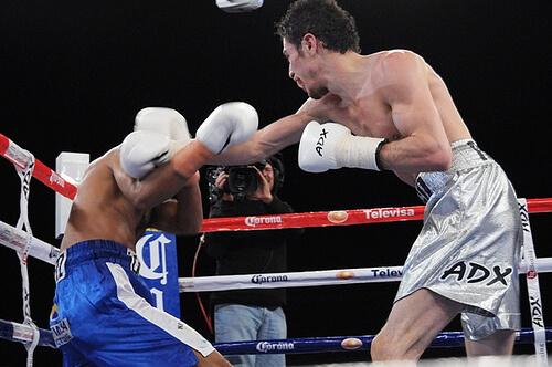 この画像は、サイトの記事「ボクシング ウーゴ・ルイス ネットや口コミで話題 YouTube注目無料視聴動画ご紹介!」のイメージ写真画像として利用しています。